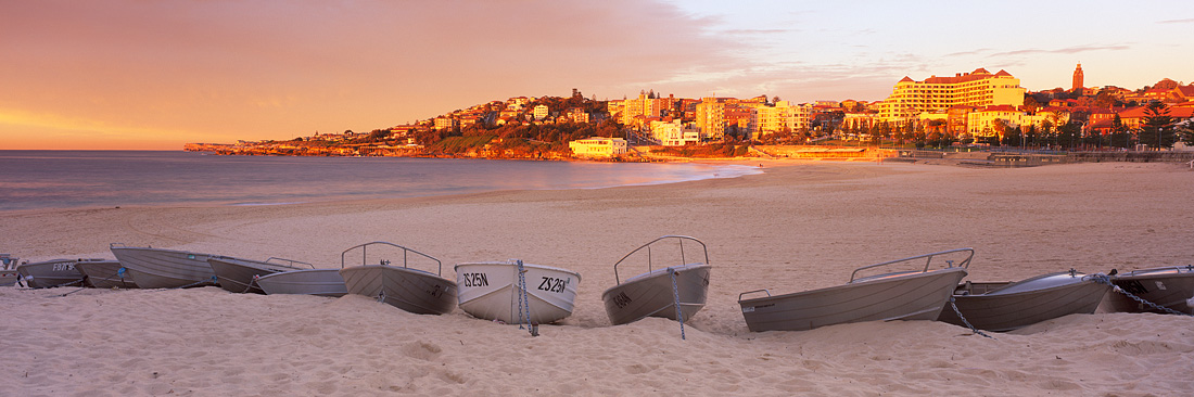 Coogee Beach Boats
