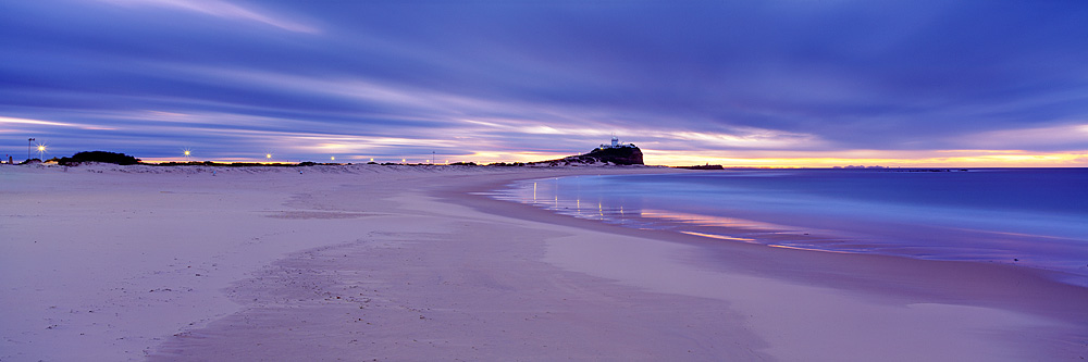 Nobbys Beach Dawn