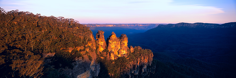 The Three Sisters Echo Point Lookout Photos