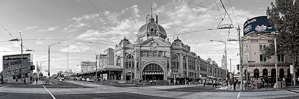 flinders street station photos melbourne black white. Black Bedroom Furniture Sets. Home Design Ideas