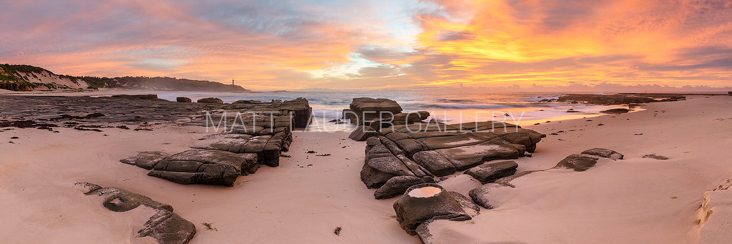 Soldiers Beach Sunrise Images