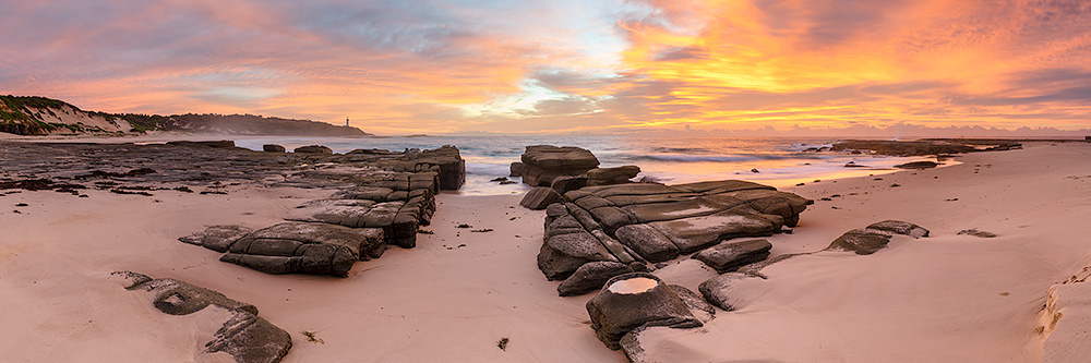 Soldiers Beach Sunrise Photos