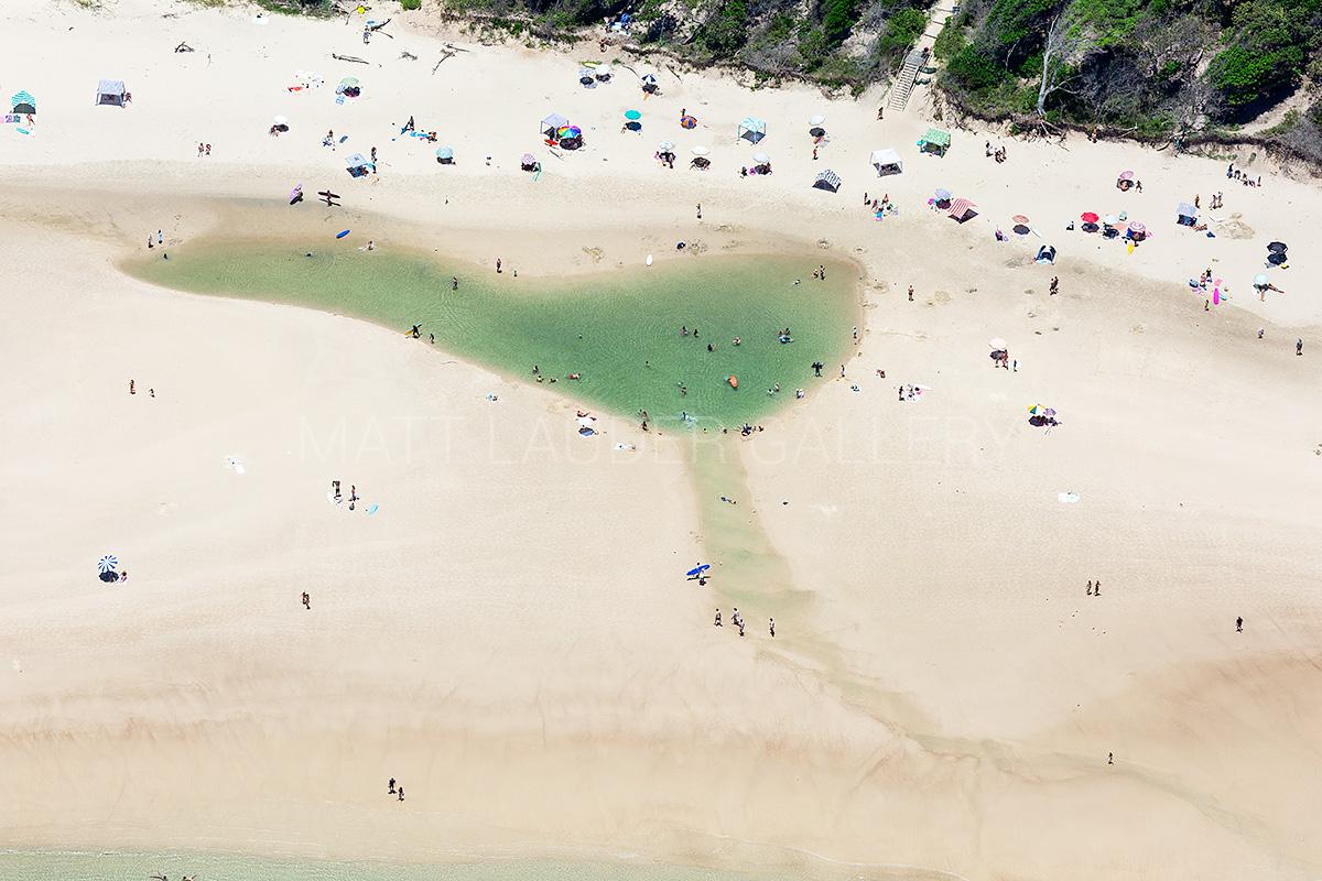 Main Beach Byron Bay Images
